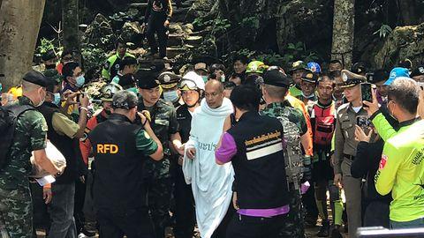 Thailand: Nach starkem Regen: Meditierender Mönch sitzt vier Tage in Höhle fest