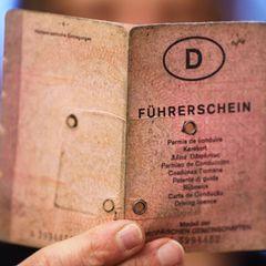 """Der alte Führerschein, kurz """"Lappen"""" genannt, verschwindet bis 2033."""
