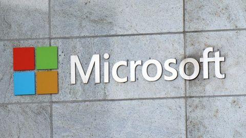 Microsoft-Logo an der Firmenzentrale des Unternehmens