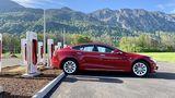 Bei Tesla ist die Infrastruktur der Schnelllader besser ausgebaut