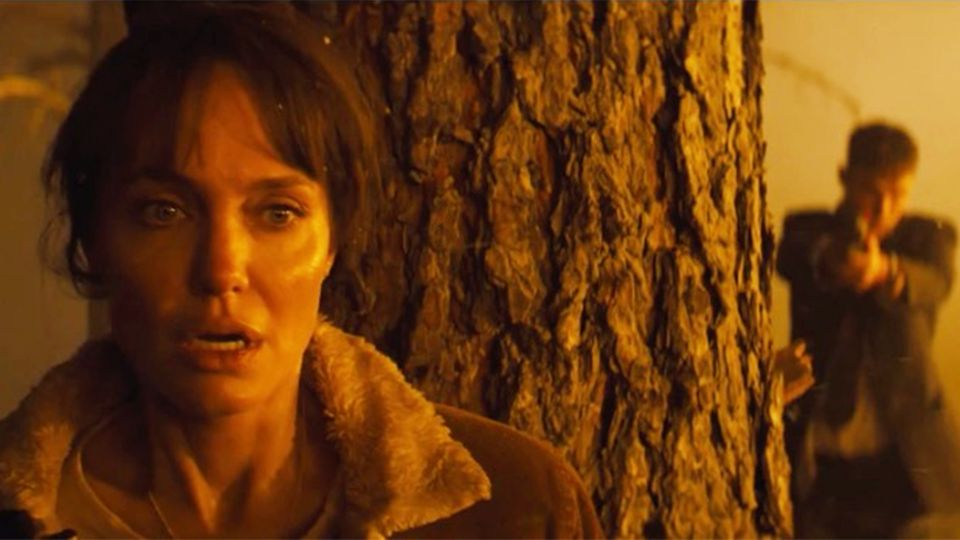 "Angelina Jolie: Action-Thriller ""They Want Me Dead"" im Trailer"