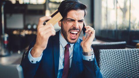 """Warnung vor """"Smishing"""": Abzock-Falle per SMS: Wie Sie am besten auf die Paket-Masche reagieren"""