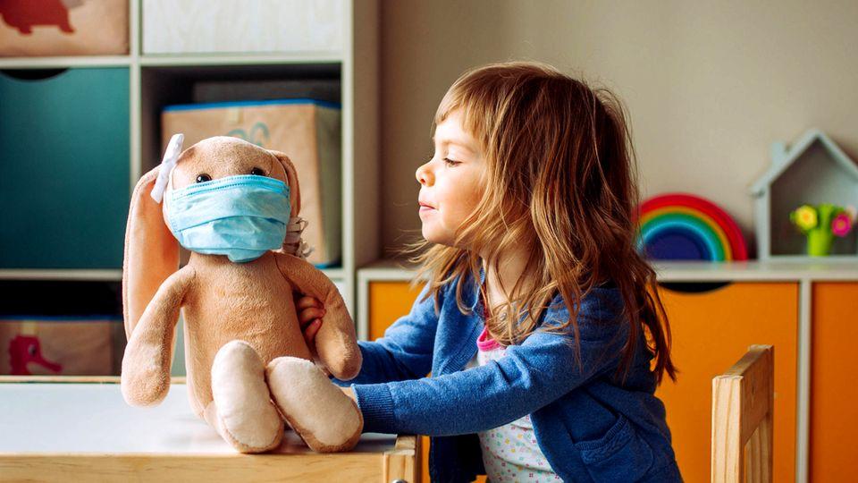 Was hat mein Kind?: Das Mädchen wächst viel zu langsam. Ein Arzt macht sich auf die Spurensuche