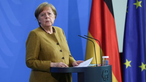 Angela Merkel gibt ein Statement zum neuen Infektionsschutzgesetz ab