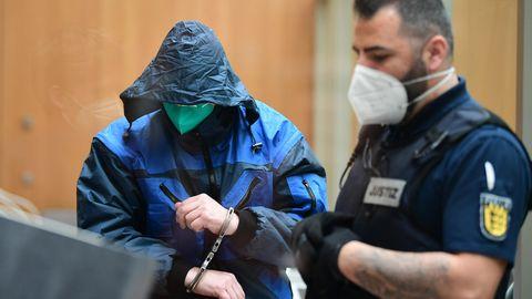 Stuttgart: Rechtsextreme planten Anschläge – Angeklagter will im Prozess schweigen