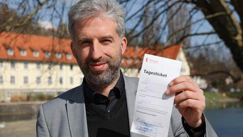 "Tübingens Oberbürgermeister Boris Palmer mit ""Tagesticket"""