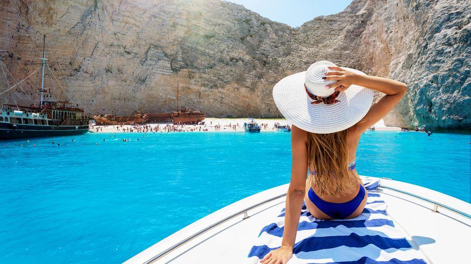 Tests, Impfung, Quarantäne: Reisen trotz Lockdown: Was muss Sie beim Urlaub buchen beachten sollten