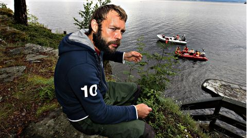 VOE STERN 31/2013  Marcel Gleffe did an extraordinary rescue work and saved 20-30 youth from the water outside Utøya    / 240711
