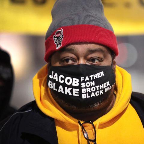 Wisconsin: Der weiße Polizist, der sieben Mal auf den Schwarzen Jacob Blake schoss, arbeitet wieder