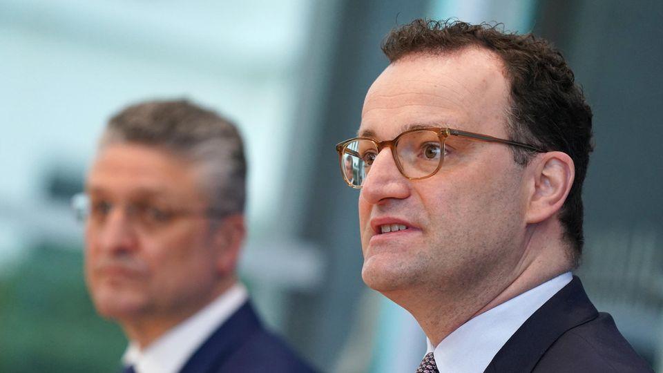 Lothar Wieler, Präsident des Robert-Koch-Instituts, und Bundesgesundheitsminister Jens Spahn