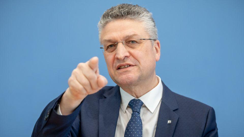 """Kampf gegen dritte Welle: """"Wir müssen jetzt handeln"""": RKI-Präsident Wieler appelliert eindringlich an die Verantwortlichen"""