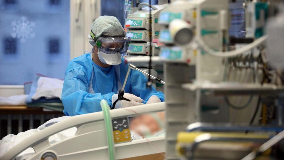 Coronavirus Intensivstation Pflegekräfte