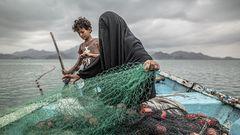 Eine Fischerin im Jemen