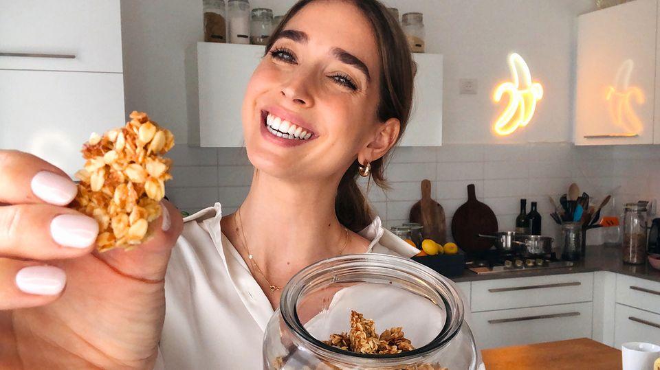 Rezept im Video: So machen Sie leckeres Granola