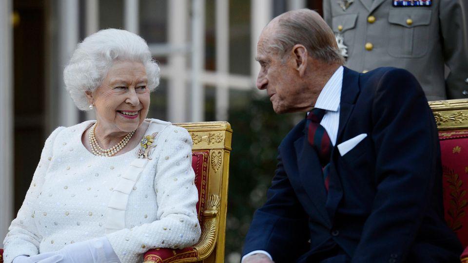 Die Queen und Ehemann Prinz Philip auf einer offiziellen Veranstaltung im Jahr 2014