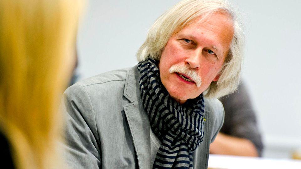 Verfassungsschutz-Skandal: Herr Gössner, Sie wurden fast 40 Jahre zu Unrecht vom Verfassungsschutz überwacht. Macht das nicht paranoid?