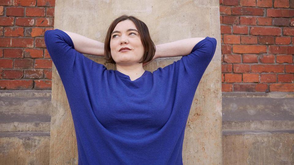 Alena Schröder, 42, lebt in Berlin und arbeitet als Schriftstellerin und Journalistin