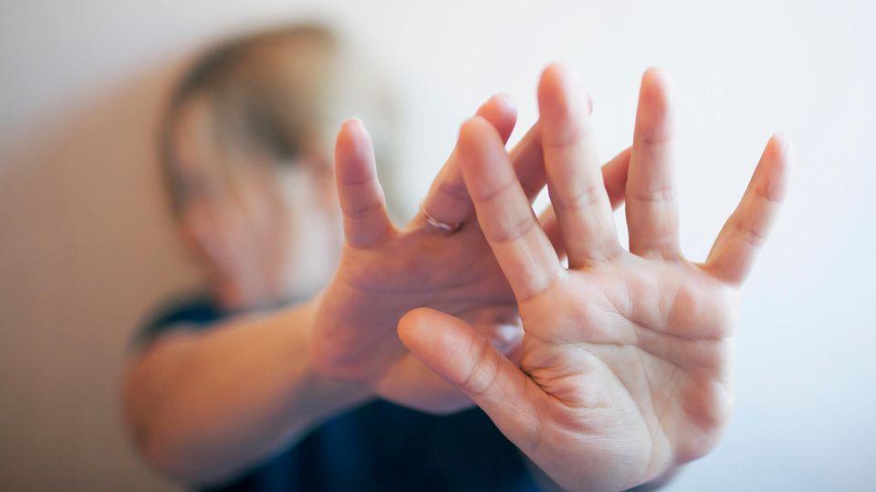 Beraterin über sexuelle Gewalt gegen Frauen