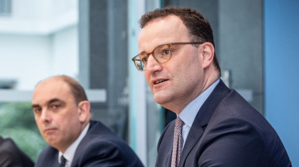 """News zur Corona-Pandemie: Gesundheitsminister Jens Spahn zu #allesdichtmachen: """"Dass es Kritik gibt, ist wünschenswert"""""""