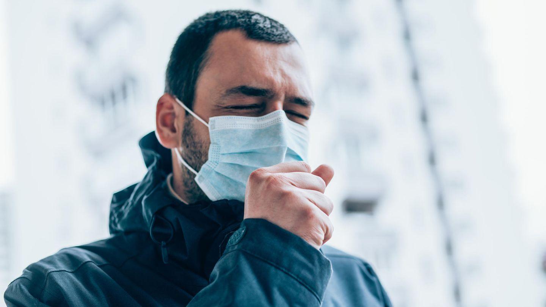 Corona Studie Long Covid USA: Ein Mann mit Maske
