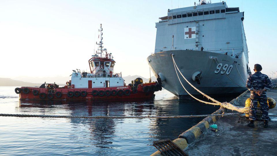 """Indonesien U-Boot: Die indonesische Marine bereitet sich auf die Suche nach der """"KRI Nanggala 402"""" vor"""