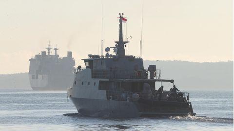 U-Boot-Tragödie vor Bali: Ein Schiff der indonesischen Marine während der Suchaktion