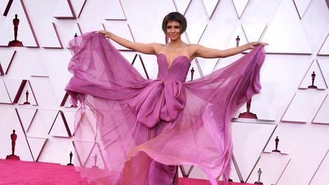 Halle Berry auf dem roten Teppich der Oscar-Verleihung