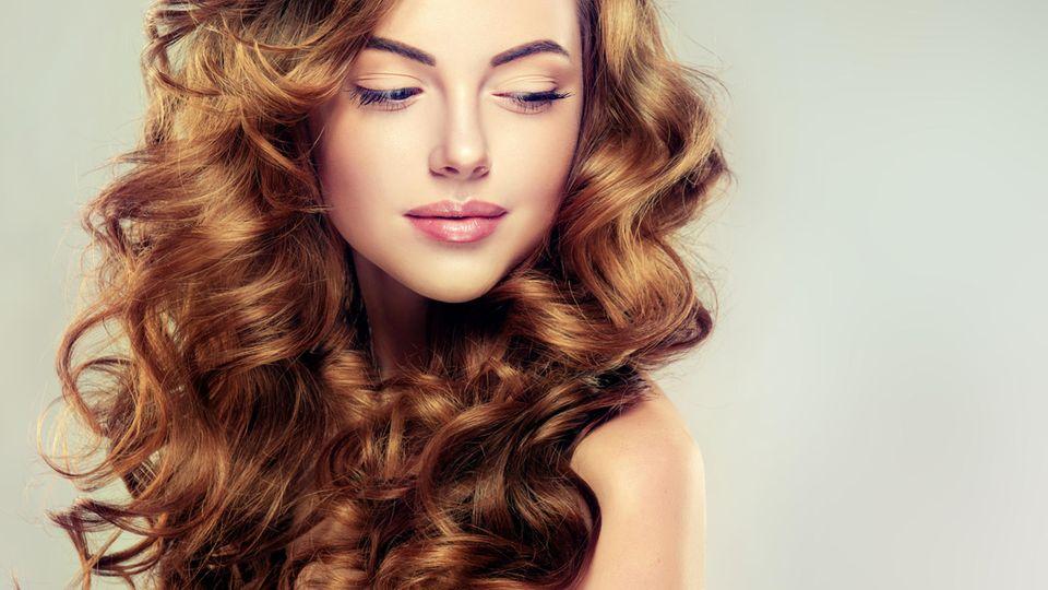 Haarpuder sorgt für mehr Volumen
