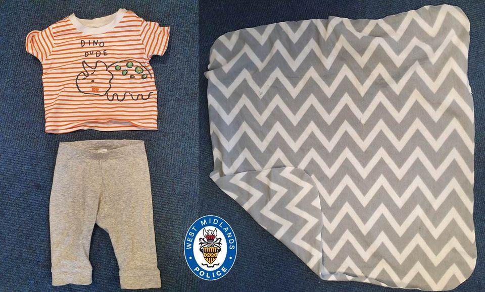 Kleidung und Decke
