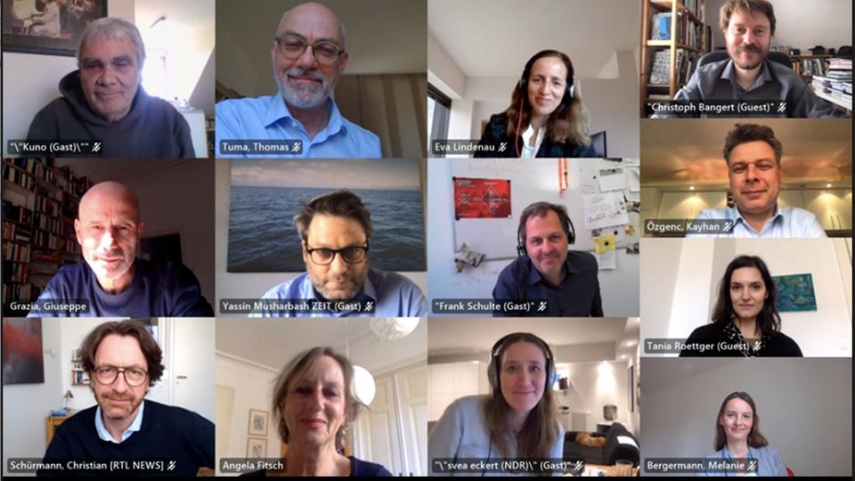 """Screenshot der virtuellen Jury-Sitzung für die Kategorie """"Investigation"""" des Nannen Preises 2021"""