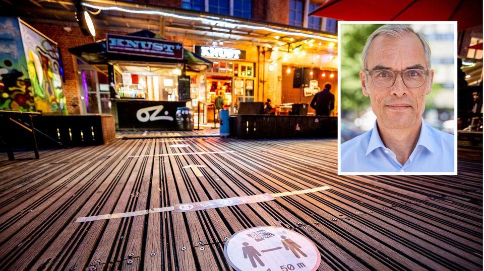 """Markierungen auf dem Boden zum Einhalt des Mindestabstands vor dem Hamburger """"Knust"""""""