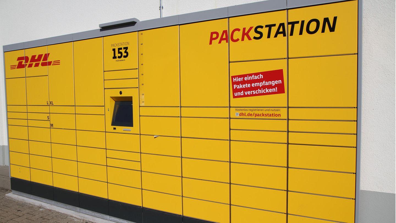 Ein 15-Jähriger musste in Frankfurt von der Feuerwehr aus einer Packstation befreit werden.