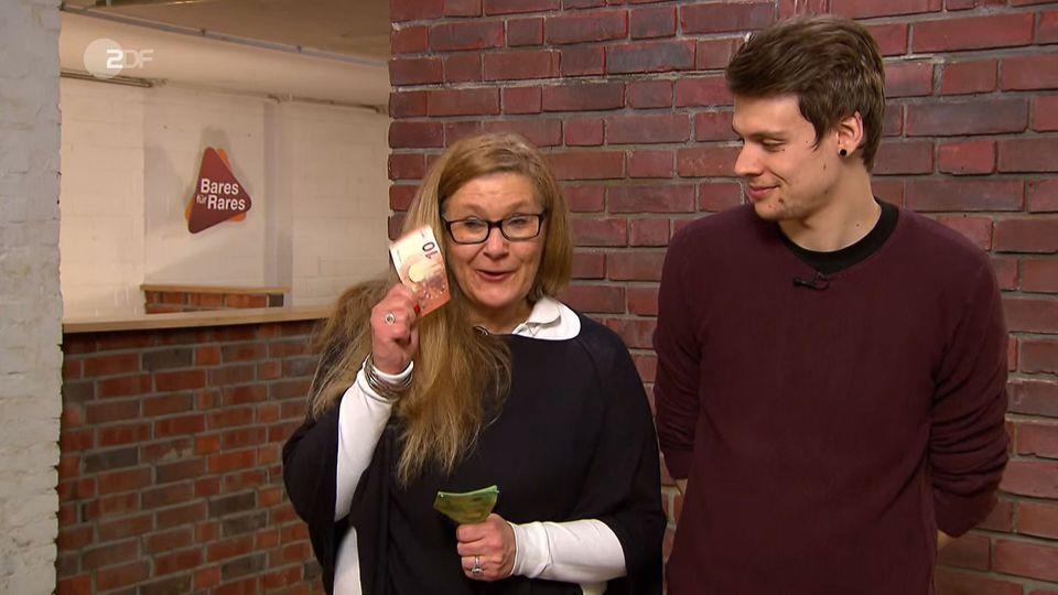Nicole und David Sturm stehen im Studio von Bares für Rares in Pulheim