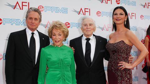 V.l.n.r.: Michael Douglas, Anne Douglas, Kirk Douglas and Catherine Zeta-Jones.