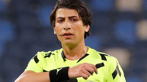 """Die israelische Fußball-Schiedsrichterin Sapir Berman:""""Es gibt Spieler, die mich schon als Frau ansprechen"""""""