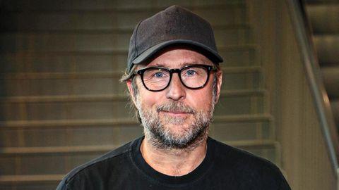 """Bjarne Mädel, 53, bekannt als Schotty, der """"Tatortreiniger"""", und als Dorfbulle Schäffer aus der Serie """"Mord mit Aussicht"""""""