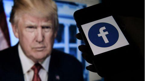 Der frühere US-Präsident Donald Trump (l.) und das Facebook-Logo
