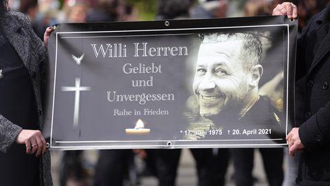 """Der ehemalige """"Lindenstraße""""-Schauspieler Willi Herren wurde in Köln beigesetzt"""