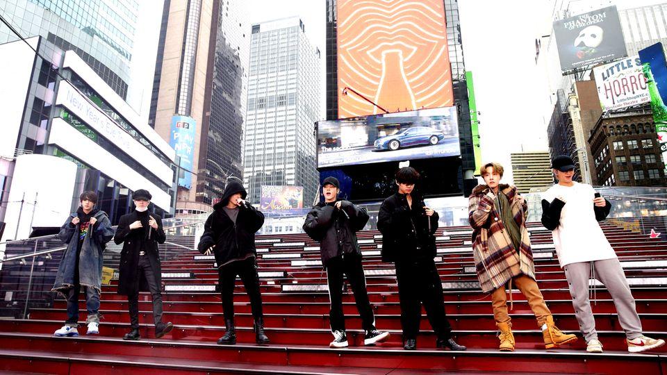 BTS bei einem Soundcheck in New York