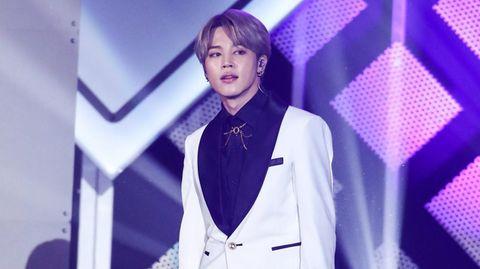 BTS-Sänger V auf der Bühne