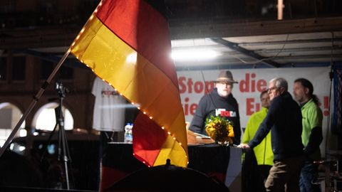 Eine Kundgebung der islam- und fremdenfeindlichen Pegida-Bewegung in Dresden
