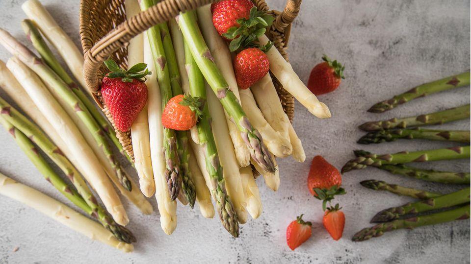 Spargel ist reich an Nährstoffen, Vitaminen und Mineralstoffen. Was den Spargel so gesund macht.
