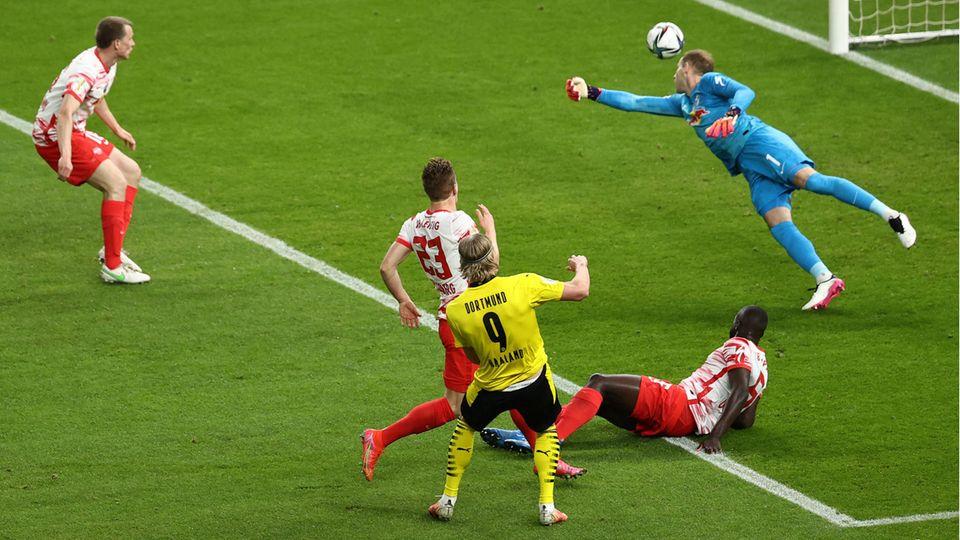 Haaland trifft zum 2:0 gegen Leipzig