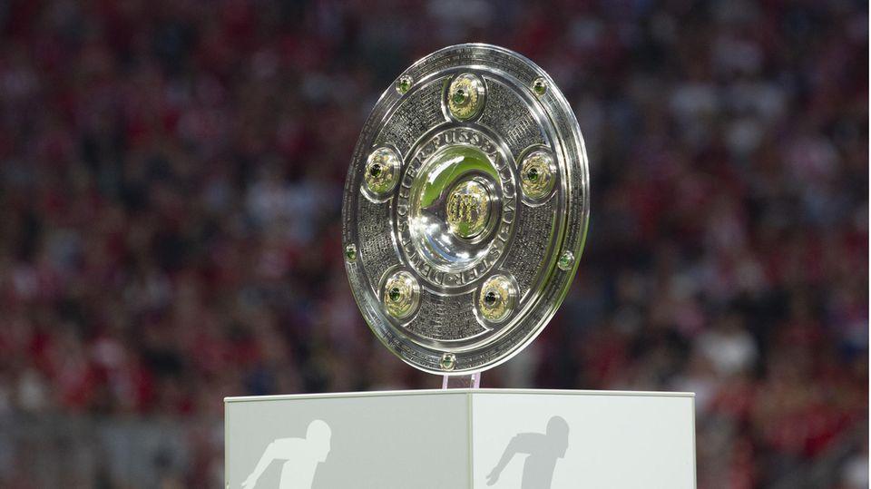 Trophäe der Fußball-Bundesliga: die Meisterschale