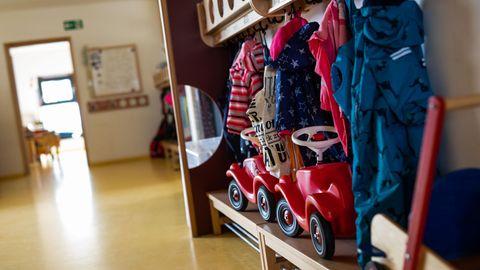 Garderobe einer Kindertagsstätte