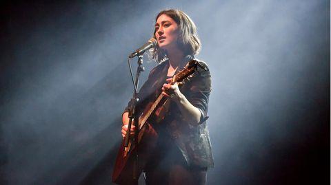 Sängerin Elif bei einem Konzert in Berlin