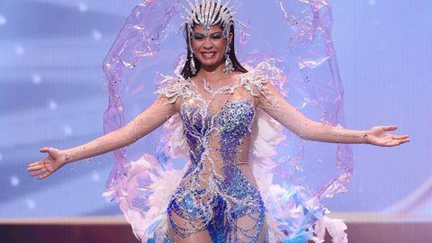 Miss Aruba Helen Hernandez versuchte mit einem durchsichtigen Outfit zu punkten.