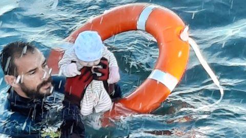 Ceuta: Dramatische Rettung von Migranten-Baby sorgt für Aufsehen