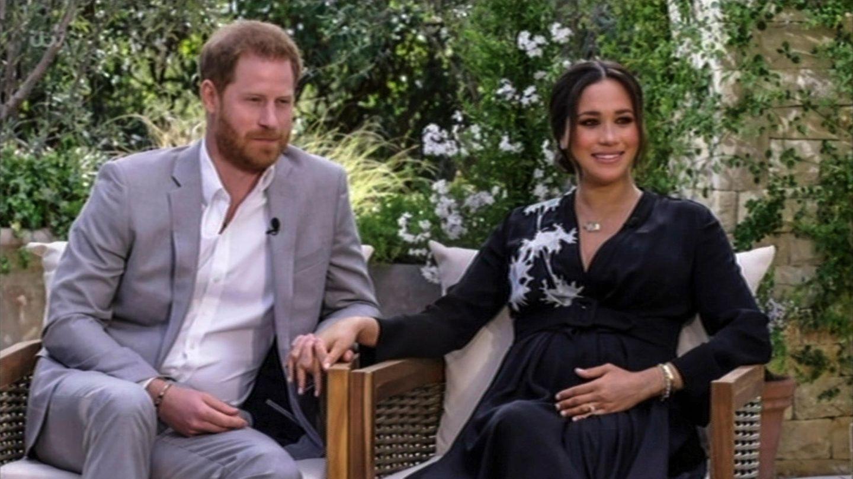 Ein Foto enthüllt, welche Schauspieler Prinz Harry und Herzogin Meghan im neuen Film verkörpern.