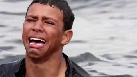 """Junge schwamm mit Plastikflaschen durchs Mittelmeer: """"Ich würde lieber sterben, als zurückzugehen"""""""